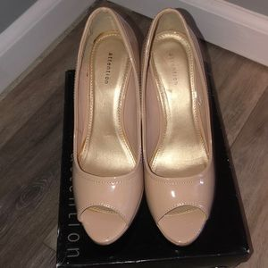 Nude Attention Wedges Barely Worn Size 7
